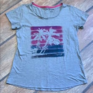 Columbia Palm Tree T shirt Gray size M Cotton